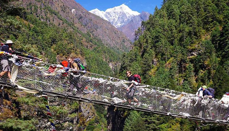 Успешно завершен треккинг к Эвересту - фото 1