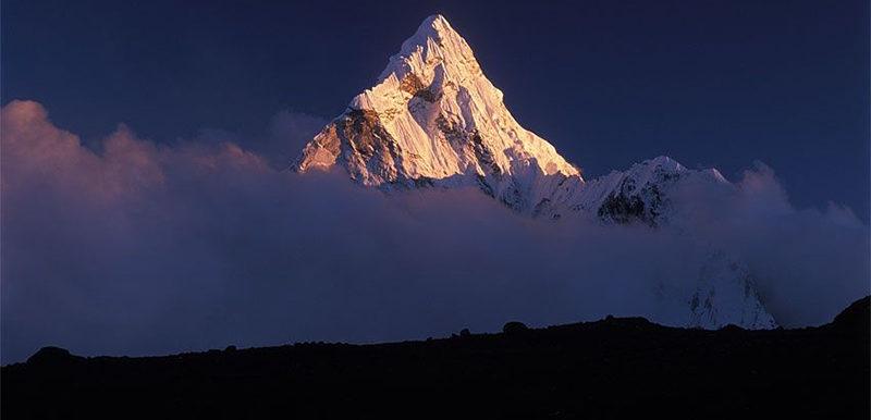 Успешно завершен треккинг к Эвересту - фото 2