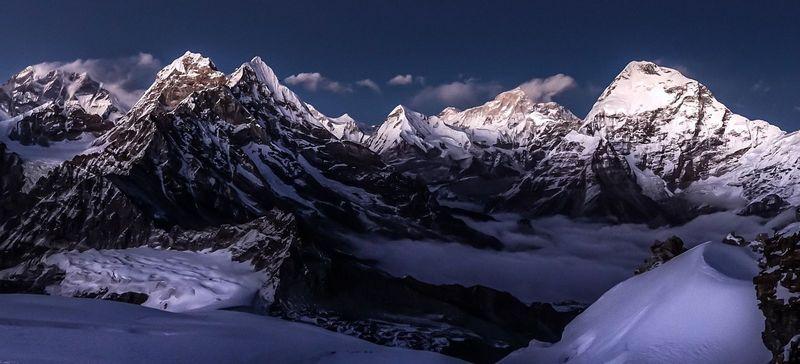 Вид на Эверест с Мера Пик