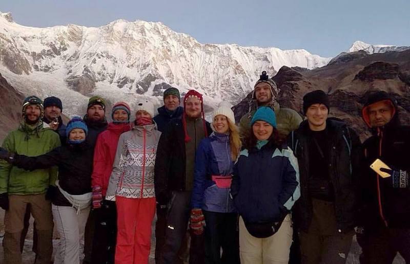 Группа в базовом лагере Аннапурны