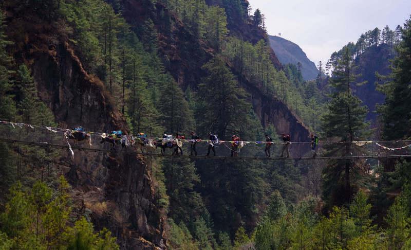 Тур к Эвересту за 7 дней - переход моста