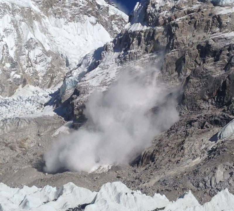 Фото лавина в Непале